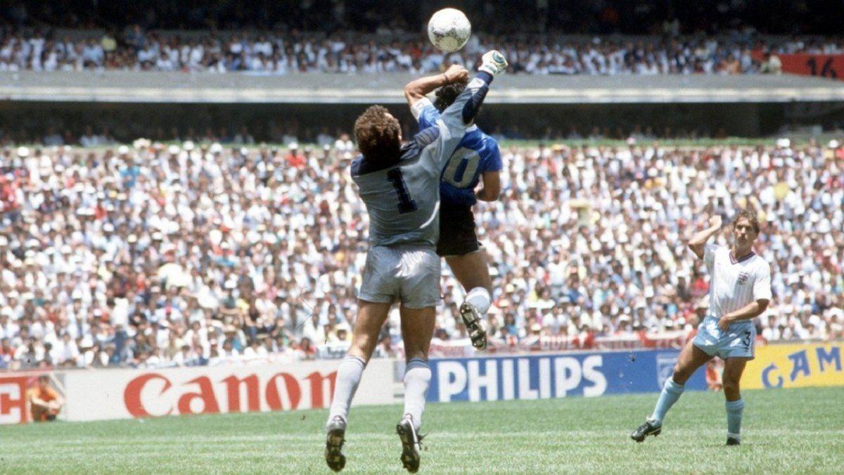 Diego Maradona contra Inglaterra en el Mundial México 1986
